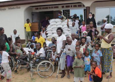Διανομή τροφίμων στο χωριό των αναπήρων Γουότερλου της Σιέρρα Λεόνε