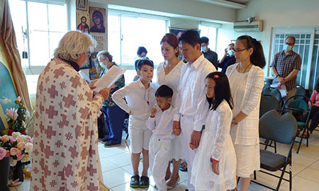 Από τη μέρα της βαπτίσεως της οικογένειας του Ανδρέα και της Λυδίας