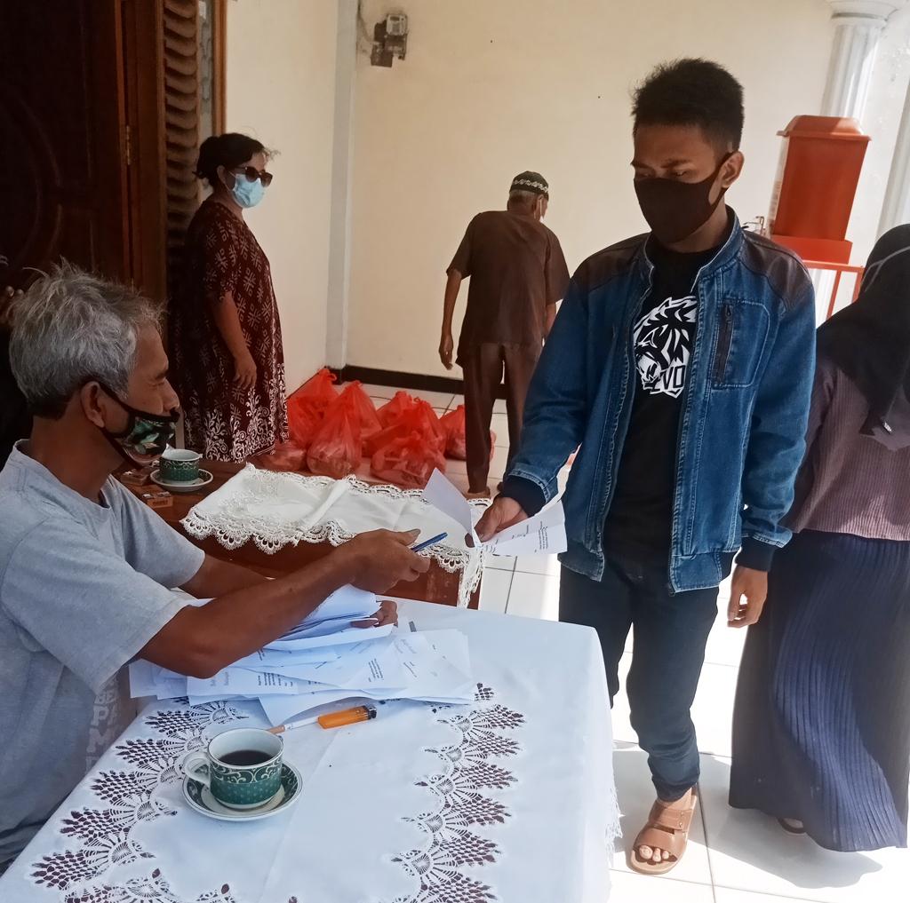 κοινωνικο εργο ινδονησια